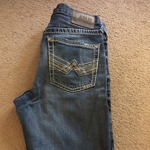 Ariat men jeans size 33/34